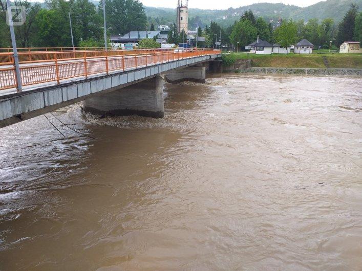 Most na rijeci Bosni / Zavidovići